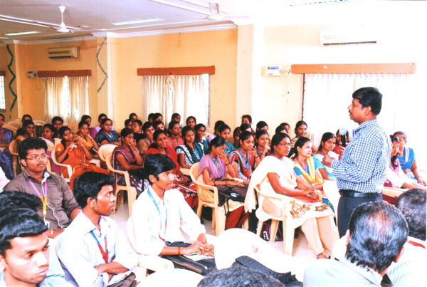 Expert Lecture on 'Software Development LifeCycle & Quality Assurance', by Mr.Muthukumaresan, Senior Consultant - Software Testing, Capgemini, Chennai, organised by Dept of IT on 23 Feb 2013