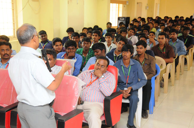 Guest Lecture on 'Use of Hydrogen in Internal Combustion Engine' organised by Dept of Mechanical Engineering on 27 Mar 2014