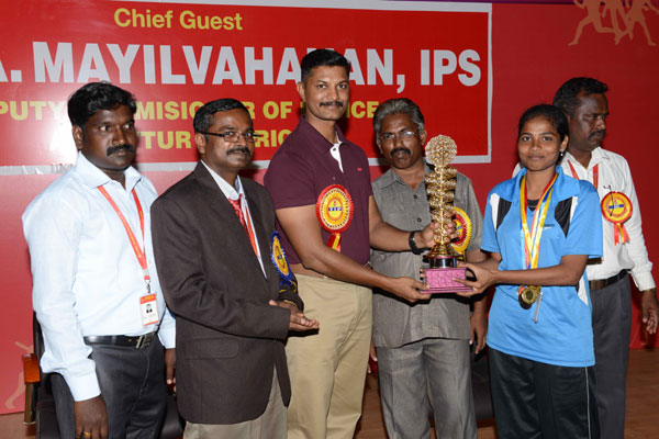 Valedictory of AEC Sports Meet 2K14, Chief guest Thiru.A.Mayilvahanan, IPS, Deputy Commissioner of Police, Ambattur District, on 23 Aug 2014